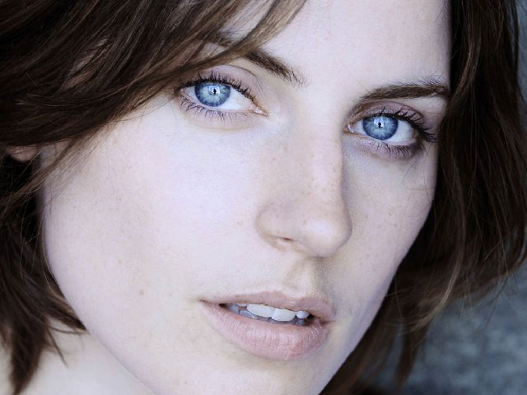 Antje Traue Picture - Image 13 - Hollywood-Actress ...