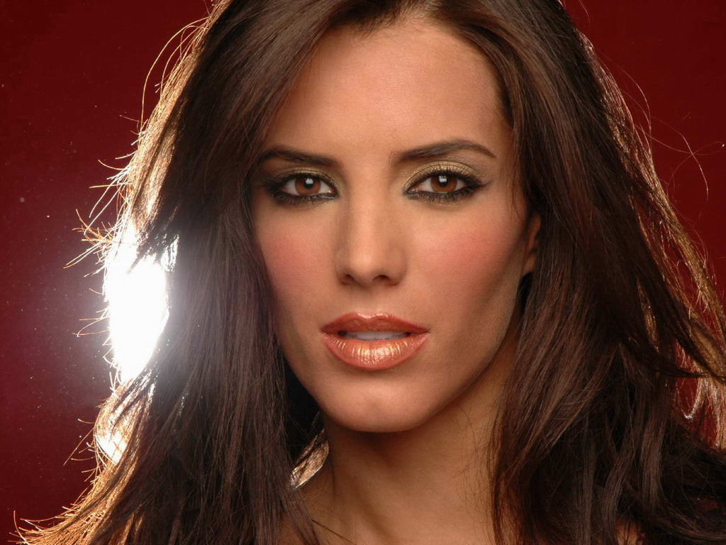 Gaby Espino Picture - Image 11