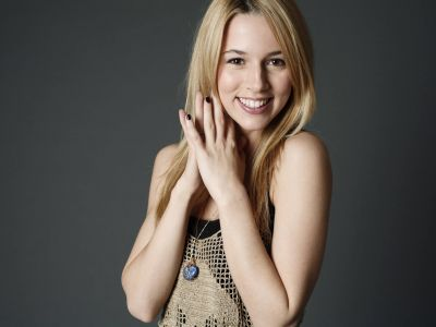 Alona Tal Picture - Image 18