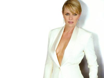 Amanda Tapping Picture - Image 6