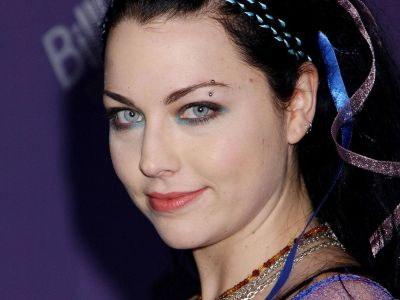 Amy Lee Picture - Image 3