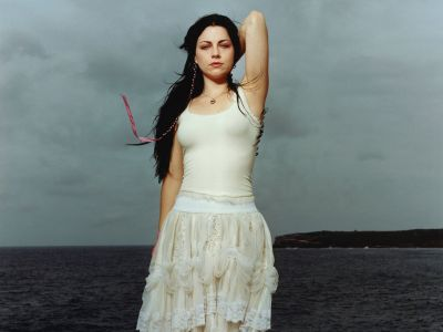 Amy Lee Picture - Image 6