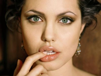 Angelina Jolie Picture - Image 120