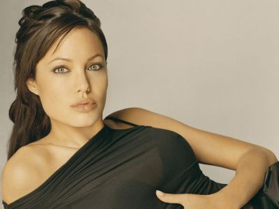 Angelina Jolie Picture - Image 15