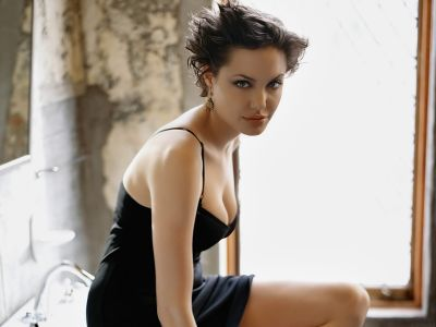 Angelina Jolie Picture - Image 31