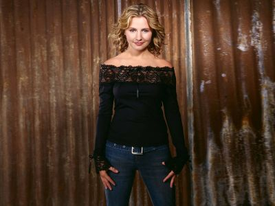 Beverley Mitchell Picture - Image 1