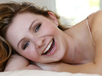 Beverley Mitchell Picture - Image 3