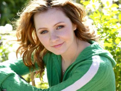 Beverley Mitchell Picture - Image 8