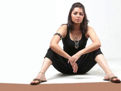 Bhumika Chawla Picture - Image 12