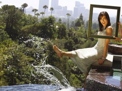 Camilla Belle Picture - Image 12
