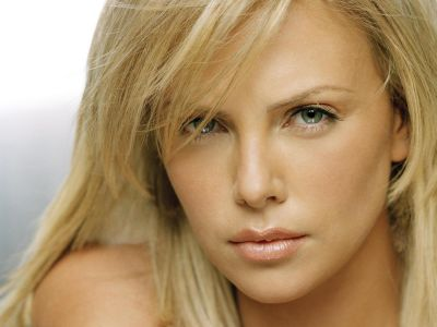 Charlize Theron Picture - Image 14