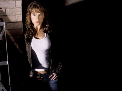 Erica Durance Picture - Image 12