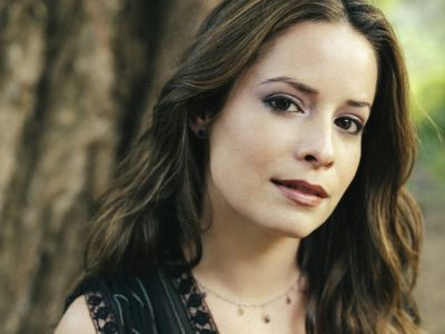Holly Marie Combs Picture - Image 20