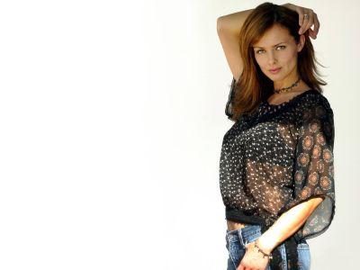 Izabella Scorupco Picture - Image 9