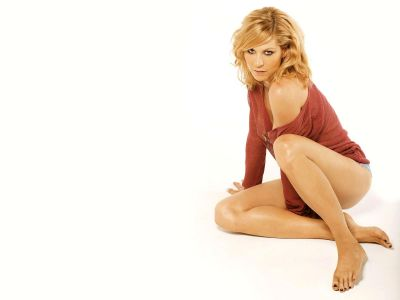Jenna Elfman Picture - Image 10