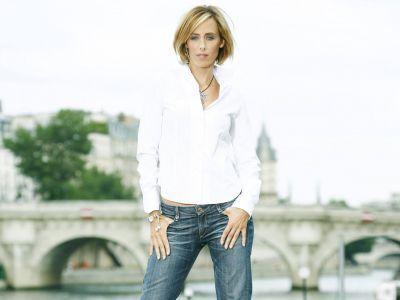 Kim Raver Picture - Image 1