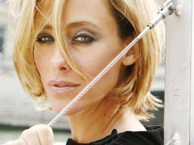 Kim Raver Picture - Image 7