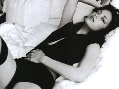 Kristin Kreuk Picture - Image 16