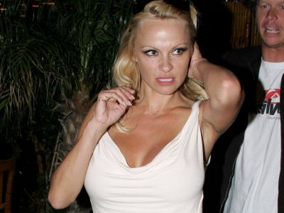 Pamela Anderson Picture - Image 15