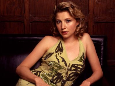 Sarah Chalke Picture - Image 25